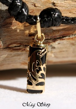 Dauphin Tahitien Collier OR 750 Agate Noire P12N MAG.SHOP
