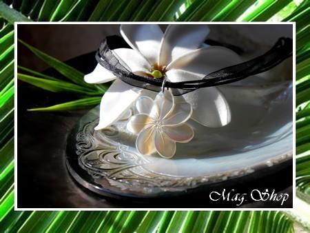 Fleur de Tiaré Collier Miti Nacre de Tahiti 2.5cm Reflets Blancs MAG.SHOP