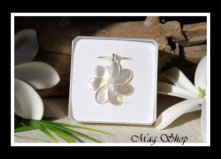 Fleur de Tiaré Collier Miti Nacre de Tahiti 2.5cm Reflets Blancs MAG.SHOP TAHITI