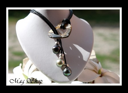 LAGON collection - Collier Coeur Gravé Nacre & 3 Perles de Tahiti MAG.SHOP TAHITI