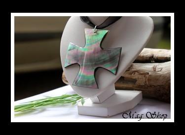 lonatana Collier Croix Nacre de Tahiti Modèle 1 MAG.SHOP