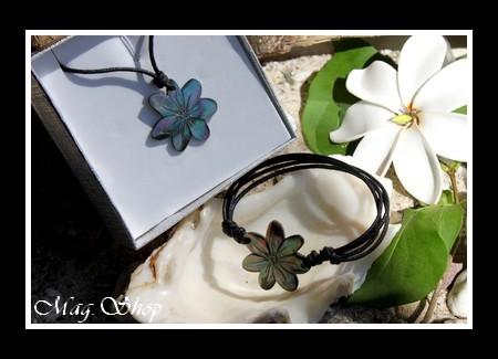 Marquises Collection Parure Arenui Fleurs de Tiaré Nacre de Tahiti 3cm Reflets Foncés MAG.SHOP