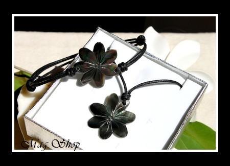 Marquises Collection  Parure Fleurs de Tiaré Nacre de Tahiti 3cm Reflets Foncés MAG.SHOP