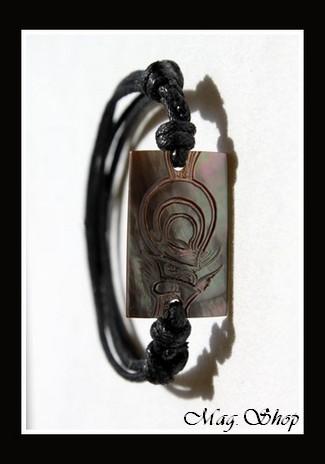 Moana Collection  Bracelet Tiki Marquisien  Nacre de Tahiti 2.5cm MAG.SHOP