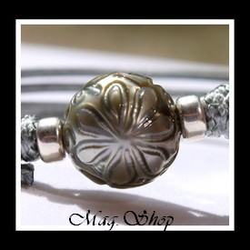 Montre Fareani Perle de Tahiti Gravée Fleur de Tiaré Modèle 1 MAG.SHOP