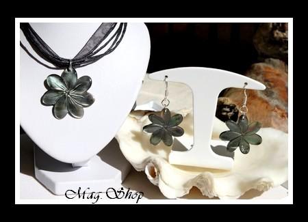 Parure Miti Fleurs de Tiaré Collier & Boucles D`Oreilles Reflets Foncés Colorés MAG