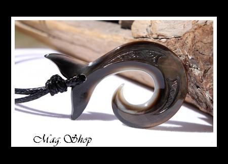 Queue de Baleine Collier Hameçon Nacre de Tahiti Modèle 4 MAG.SHOP
