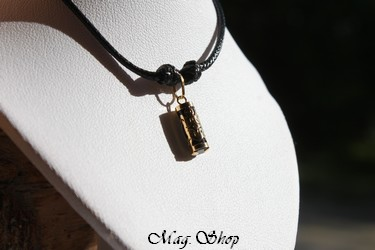 Tortue Alaka`i Collier OR 750 Agate Noire P12N MAG.SHOP